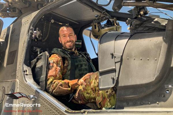 """Maggiore Matteo Pierrettori, pilota di AH-129 Mangusta, il """"Diavolo Nero"""" dell'Afghanistan"""