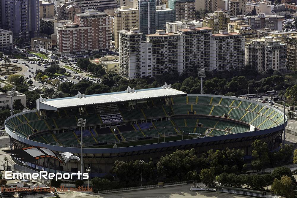 """Palermo Calcio, M5S: """"Niente biglietti gratis ai politici, chi vuole andare allo stadio paghi"""""""
