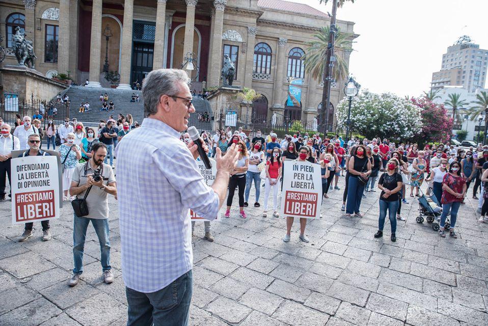 #RestiamoLiberi, centinaia a Palermo per dire No al DDL Zan