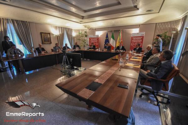 Presentato il biglietto integrato giornaliero per il trasporto pubblico a Palermo
