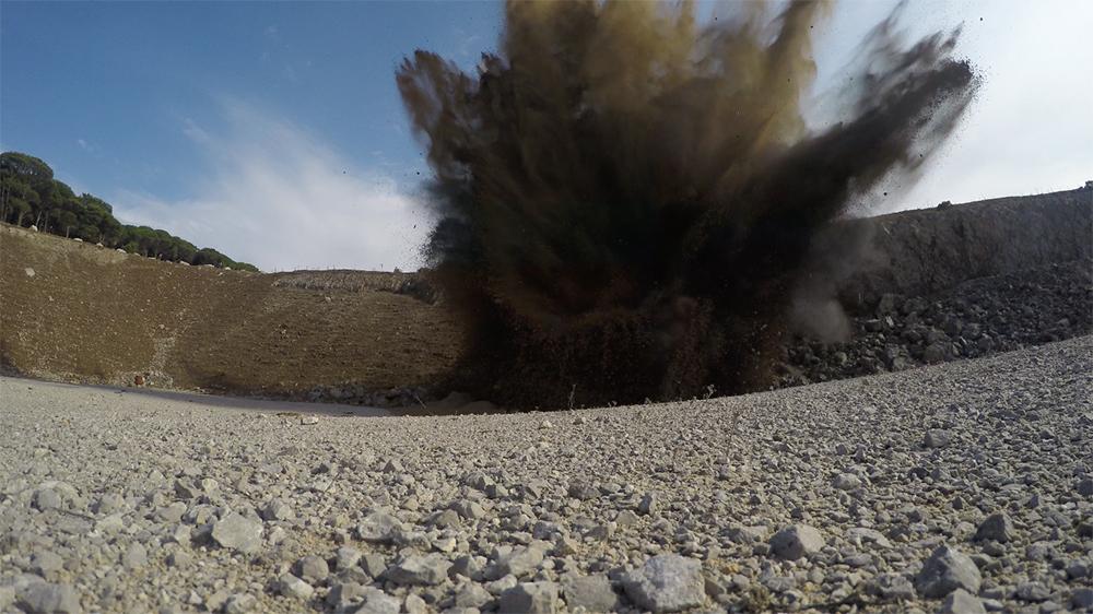 Palermo, disinnesco ed esplosione della bomba